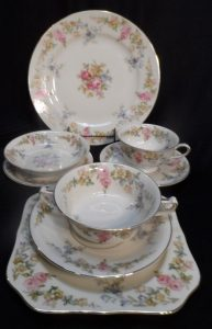 chinafrom patrick12piece tablesetting with all the xtra servine pieces